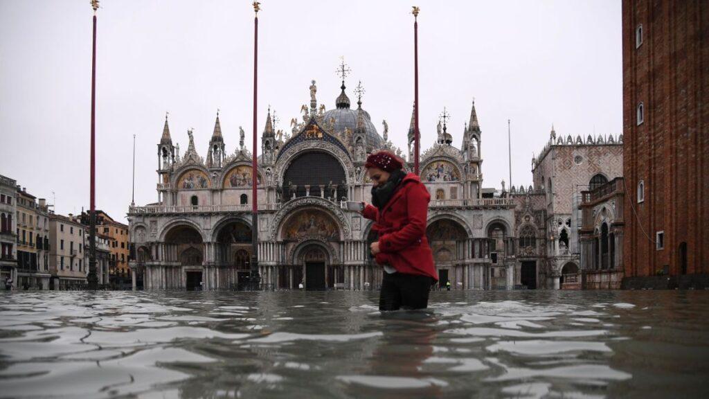Venice amongst the sinking cities list